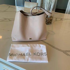Michael Kors Junie medium soft pink